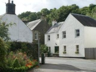Front of house - Towyn House, a Holiday Cottage in Scotland - Comrie - rentals