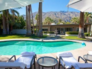 Miraleste Retreat - walk to Downtown Palm Springs - Palm Springs vacation rentals