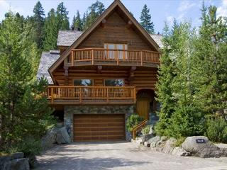 Whistler Log Cabin | 4 Bedroom Blueberry Hill Home, Mountain Views, Hot Tub - Whistler vacation rentals