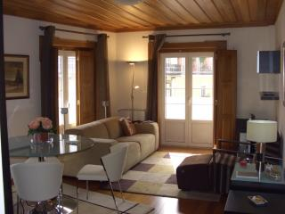 Apartment in Lisbon 205 - Castelo - managed by travelingtolisbon - Lisbon vacation rentals