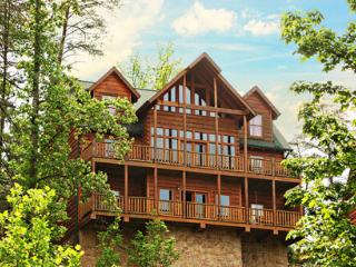 Pinnacle View an eight bedroom cabin - Tennessee vacation rentals