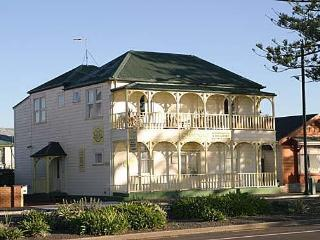 Mon Logis luxury Bed & Breakfast  Marine Parade - Napier vacation rentals