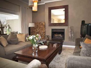 Grace House self Catering House in Cape Town - Cape Town vacation rentals
