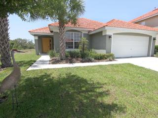 4bedroom Disney home with pool spa gamesroom wifi - Davenport vacation rentals