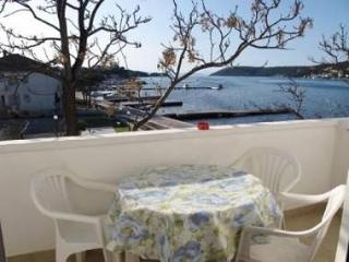 3656 A4(4+1) - Supetarska Draga - Island Rab vacation rentals