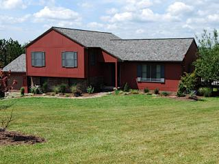 Great Family Lake Vacation House -- Mountain View - Northeastern Pennsylvania vacation rentals