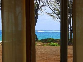 Streamside Beach House - Right on the Sand! - Laie vacation rentals