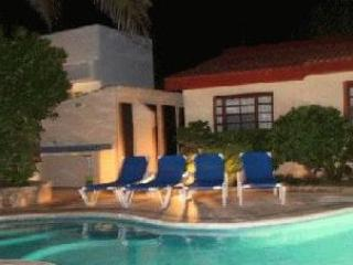 Yal Ku Cai in Akumal - Half Moon Bay 1E - Akumal vacation rentals