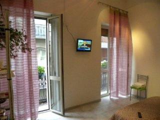 APARTMENT IN THE CITY CENTRE - Cagliari vacation rentals