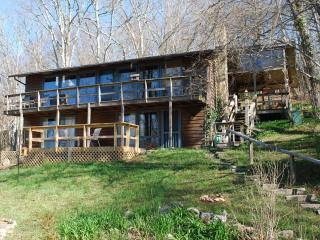 Beautiful Mtn Get Away with View near Highlands. - Highlands vacation rentals