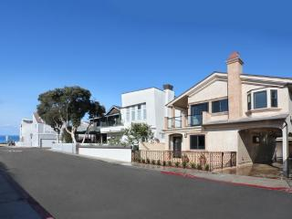 Elegant  Newport Villa! 3 Houses To Sand! Aug 20-23 open!!$495/night - Orange County vacation rentals