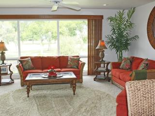 Paradise Awaits You In This Luxurious Condominium! - Princeville vacation rentals