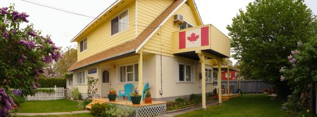 Shoreline B&B -Heritage outside, young  & modern inside - Shoreline B&B - 2 br suite,1 br suite: lake & city - Kelowna - rentals