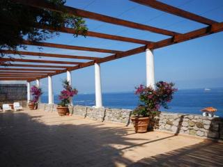YPI GEL - Sorrento vacation rentals