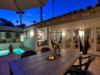 Bonita Bungalow ~ 15% off 5 night stay thru 8/28 - Palm Springs vacation rentals