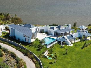 BELLE DE NUIT... Fabulous new contemporary estate in secluded Happy Bay...Wow! - Saint Martin-Sint Maarten vacation rentals