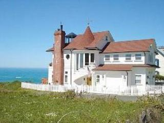 The Westport 'Landship', Mendocino County, CA. - North Coast vacation rentals