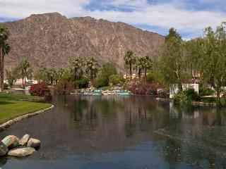 PGA West condo w/ tranquil mountain and lake views - La Quinta vacation rentals