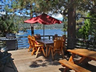 Cozy on Cove Lakefront - 3 Bedroom Vacation Rental in Big Bear Lake - Big Bear Area vacation rentals
