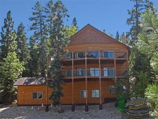 Moonridge Lodge - 4 Bedroom Vacation Rental in Big Bear Lake - Big Bear Lake vacation rentals