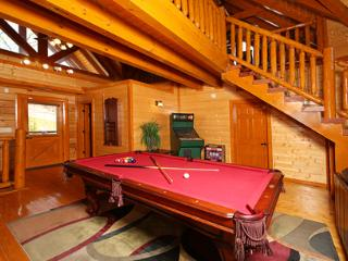 Paradise Mountain Pool Lodge - Sevier County vacation rentals