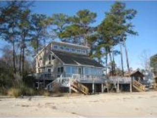 Chesapeake Bay Beach House - White Stone vacation rentals