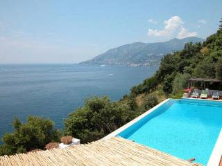 YPI VIS - Amalfi Coast vacation rentals