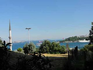1 Br Luxury Apartment with amazing balcony & view - Istanbul vacation rentals