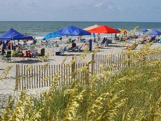 3 BR House in family resort, Beach, Pools, WiFi - Surfside Beach vacation rentals
