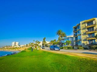 #503 - Charming La Jolla Village Condo w/Endless Ocean Views - La Jolla vacation rentals