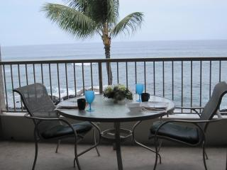 INCREDIBLE OCEANFRONT!! $995/wk Free WiFi, King Bd - Kona Coast vacation rentals