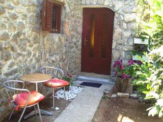 2856  A2(2+1) - Lovran - Kvarner and Primorje vacation rentals
