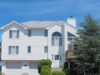 Luxury Modern Bay Front Custom Home - Pier for Boat - Manahawkin vacation rentals