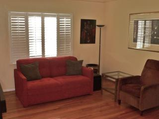 The Los Angeles West View 1 Bedroom Apartment - Los Angeles vacation rentals