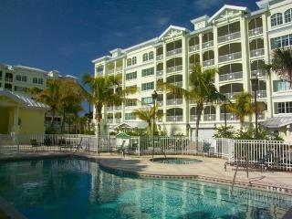 3 Br, 2.5 Ba Condo Steps From Award-Winning Beach! - Siesta Key vacation rentals
