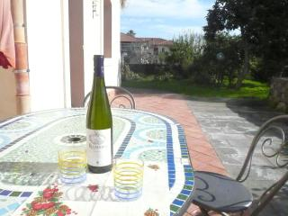 2. Old house near sea for then peoples - Riposto vacation rentals