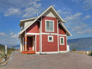Paradise Lakeside Cottage Resort - Kelowna vacation rentals