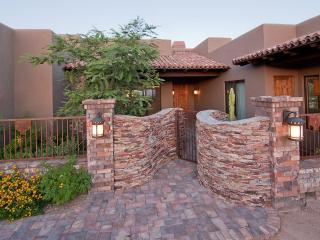 AMAZING luxury home with lots of special touches - Scottsdale vacation rentals