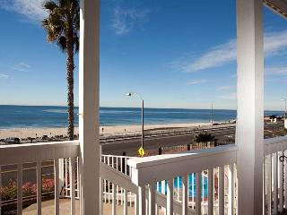 Great 2 BR & 2 BA House in Carlsbad (111 #B Sequoia) - San Diego County vacation rentals
