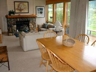 4 bed /2.5ba- MACKINAW 4414 - Jackson Hole Area vacation rentals