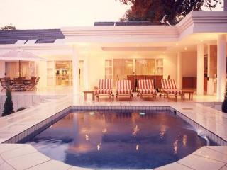 de Pinna's Executive Guest House - Gauteng vacation rentals