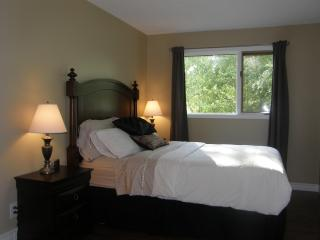 Assiniboine Trail Guest House - Winnipeg vacation rentals