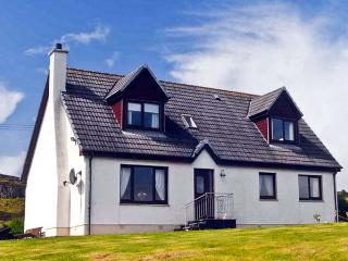 CREAG BHAN, family friendly, with a garden in Suladale, Isle Of Skye, Ref 7032 - Suladale vacation rentals