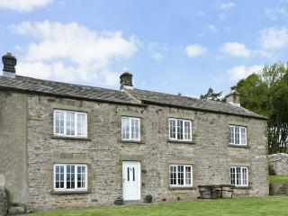 SUNNYSIDE COTTAGE, family friendly, character holiday cottage, with a garden in Leyburn, Ref 8082 - Leyburn vacation rentals