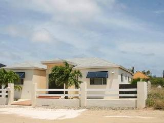 Safir Vacation Villa - Aruba vacation rentals