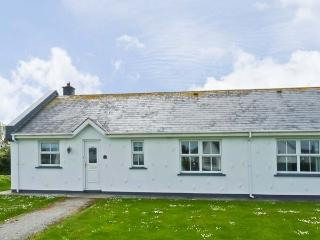 62 ST HELENS BAY, pet friendly, with a garden in St Helens Bay, County Wexford, Ref 7951 - Rosslare Harbour vacation rentals