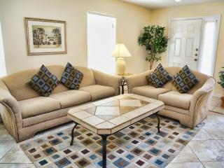 SD4P1144MCD 4 Bedroom Pool Villa Just 1 Mile from Groceries - Haines City vacation rentals