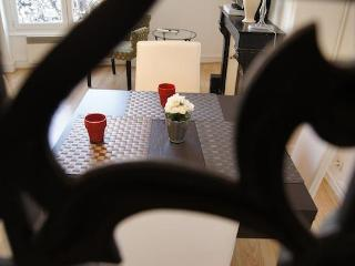 Studio St Antoine | Place des Vosges Marais area - Paris vacation rentals