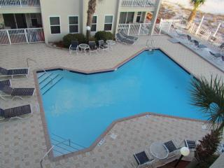 Right on the beach/Gulf Front 2 broom 2 bath - Forest Home vacation rentals