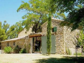 Provence: former mas with private swimming pool - Vaucluse vacation rentals